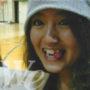 女性の顔写真