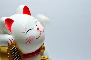Learn Japanese through Japanese culture: Maneki-Neko