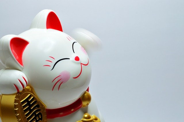 Learn Japanese through Japanese culture: Maneki-Neko